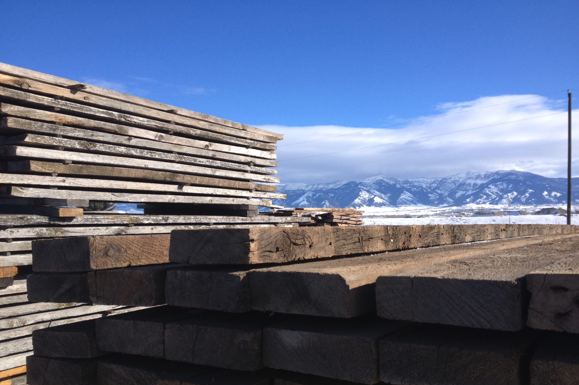 Reclaimed Wood | Lumber | Rustic Wood Hub | Belgrade, MT